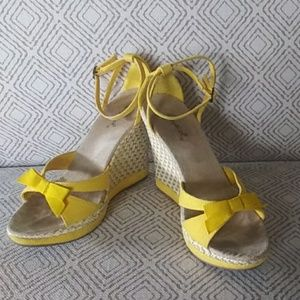 Qupid bright yellow wedges with cute little bows